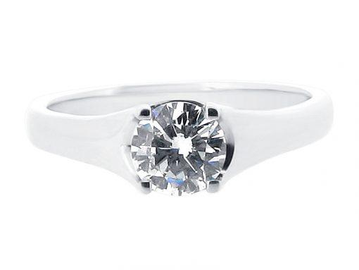 Round diamond solitaire pave detail plain