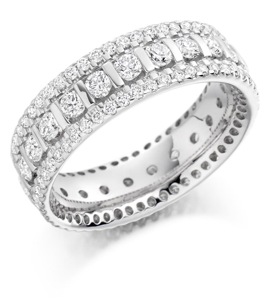Graduated Triple Row Diamond Set Ring Fet 1371