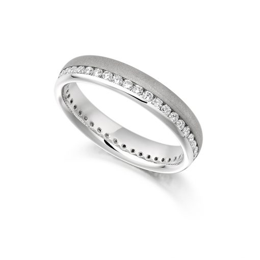 fet944-wedding-eternity-diamond-ring