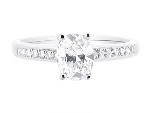 ER-1408-oval-solitaire-crossover-pave-shoulders