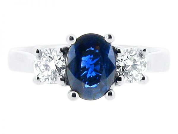 ER 1189 oval solitaire sapphire round sides trilogy