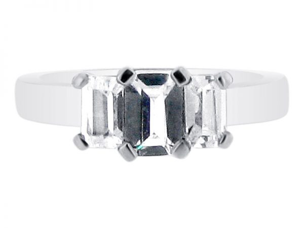 ER 1845 emerald 3 stone
