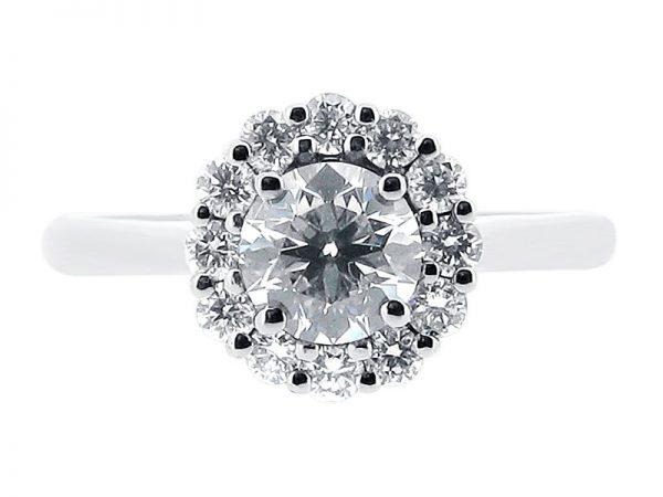 er 1039 round cluster engagement ring